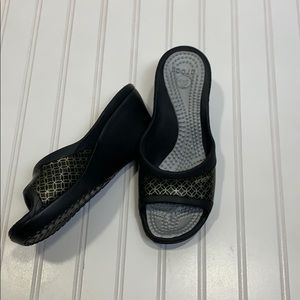 Crocs black Wedge Sandals NWOT
